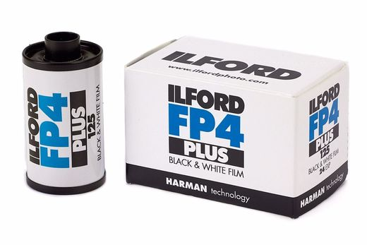 Ilford FP4 PLUS 125, 36/135mm Mustavalkofilmi