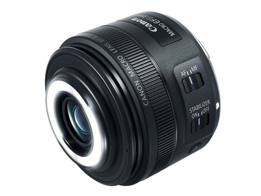 Canon EF-S 35mm F2.8 IS STM macro with ringlight
