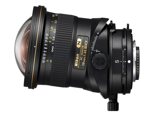 Nikon PC Nikkor 19mm F4E ED tilt-shift lens